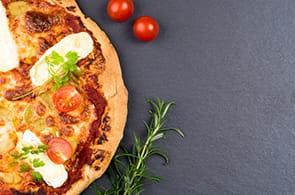 Pizza con brie