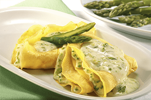 Crêpes con asparagi e prosciutto cotto