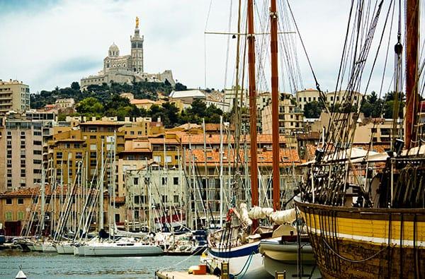 Marsiglia - Mare, Sole e Buona Cucina a base di Pesce nel più Grande Porto Francese