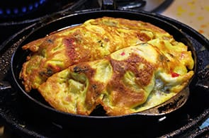 Omelette alla Lionese