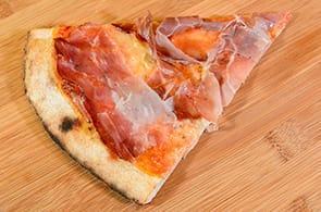 Pizza speck e brie
