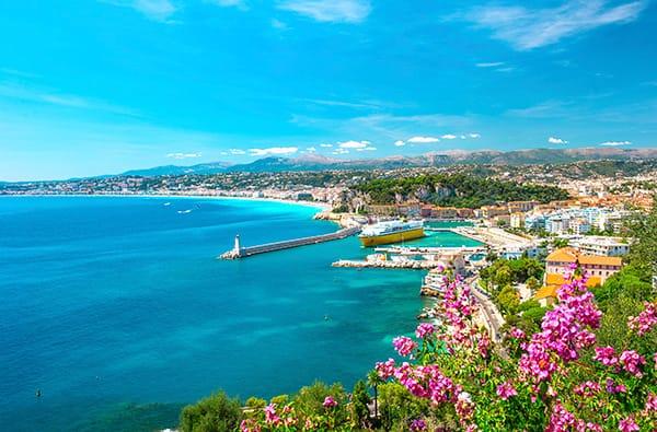 Un Tipico Pranzo sul Mare della Costa Azzurra
