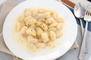 Gnocchi Camembert e Noci