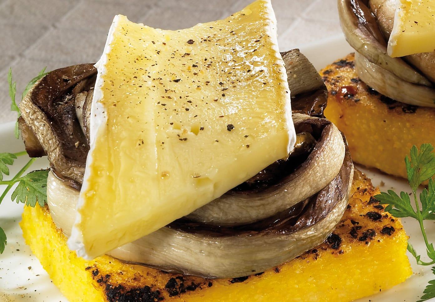 Polentina con trevisana e Brie fondente