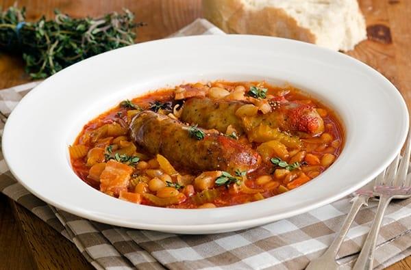 Cassoulet: lo Stufato Tipico della Cucina Regionale Francese