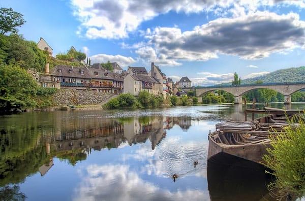 Limousin: tra Piatti Tipici e Paesaggi mozzafiato