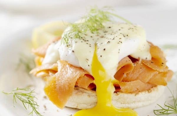 Uova alla Benedettina - Come Gustare una tipica Ricetta Francese