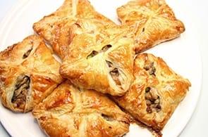 Fagottini di Pasta Sfoglia Brie e Funghi