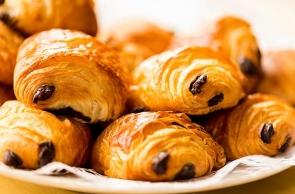 Pain Au Chocolat - Dolce Francese Ideale per Colazioni e Merende Sfiziose