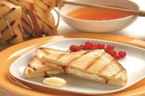 Formaggio di Capra, Miele e Toast