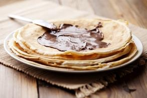 Crêpes alla crema di cacao e nocciole