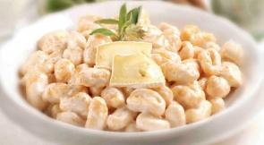 Gnocchi di zucca con Brie, salvia e cannella