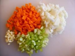 Mirepoix: taglio di verdure