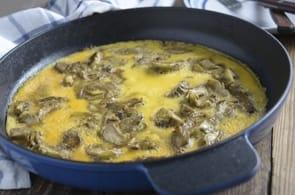 Omelette con carciofi brie e funghi