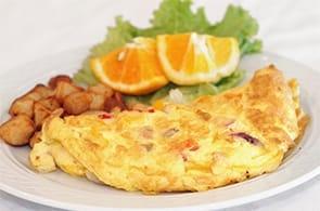 Omelette prosciutto patate e camembert