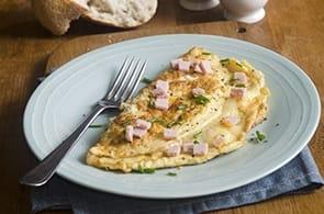 Omelette con prosciutto cotto e Brie