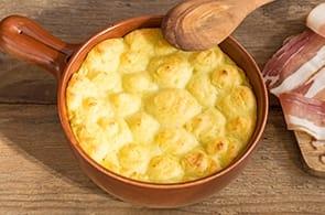 Sbriciolata di Patate e Speck e Brie