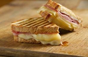 Toast con Tronchetto di Capra
