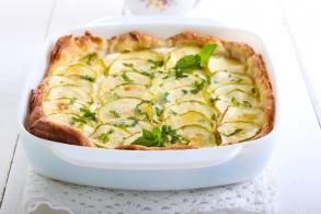 Torta salata con formaggio di capra e zucchine